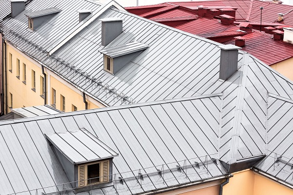 Snap Lock Metal Roofing on Top of an Apartment Complex