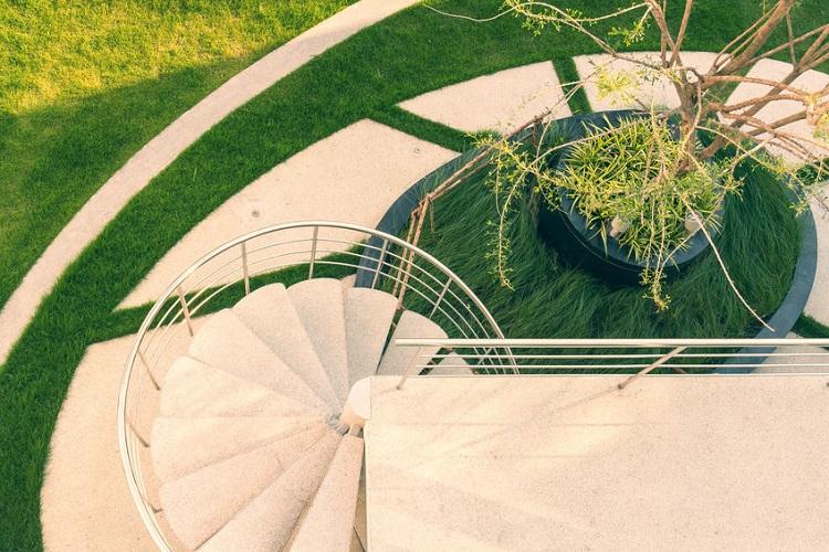 An Ornamental Intensive Green Roof
