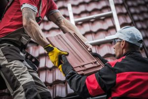 Roofer's Help One Another