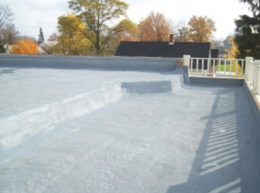 SPF roof installation provides a seamless roof where cracks don't happen.