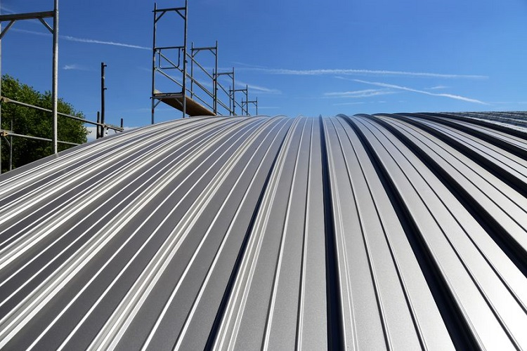 A Standing Seam Commercial Metal Roofing System